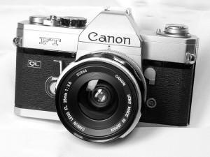 800px-Canon_FT_QL